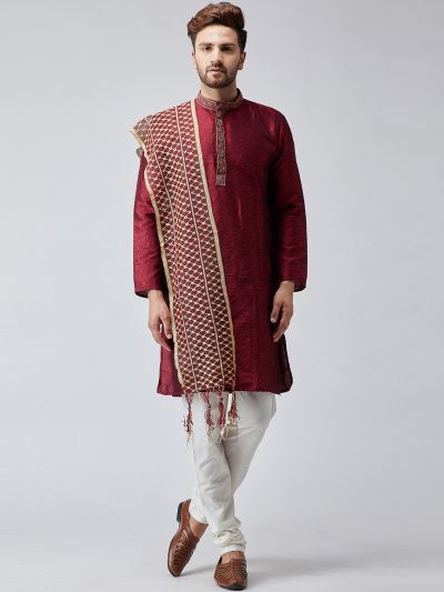 Sojanya (Since 1958), Men Maroon amd Gold Velvet Embellished Dupatta