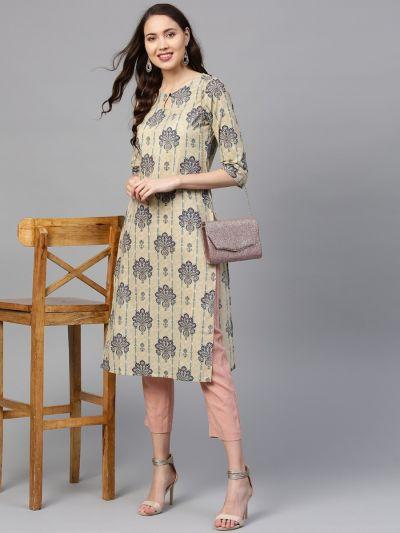 Sojanya (Since 1958) Women's Cotton Coral & Pink Printed Straight Kurta